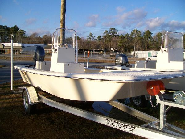 Jones Brothers 17' Bateau