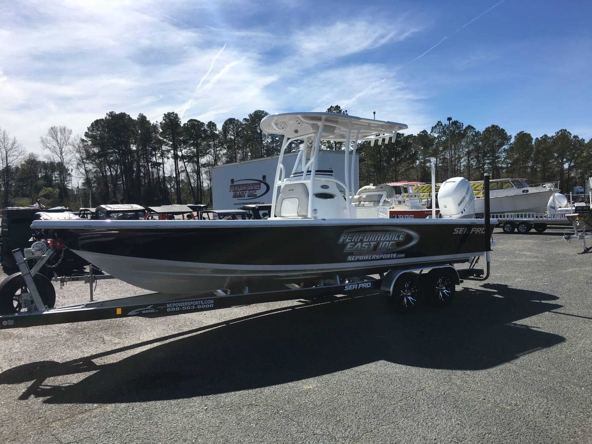 Sea-pro 248 DLX BAY