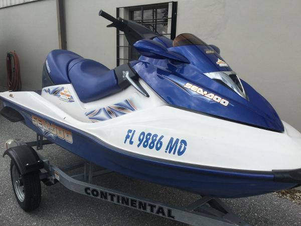 Sea-Doo GTX 4-TEC VANS Triple Crown