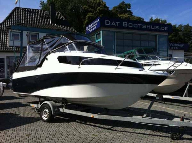 Aqua Royal 680 CRUISER 90PS