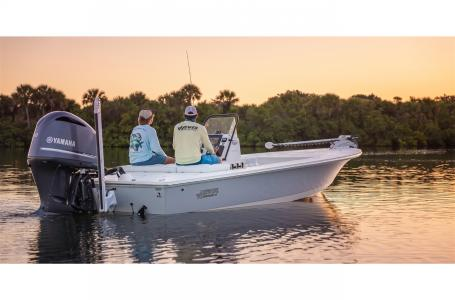 Hewes Redfisher 21