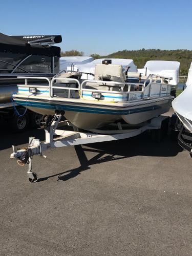 Landau boat co boats for sale for Fishing deck boats