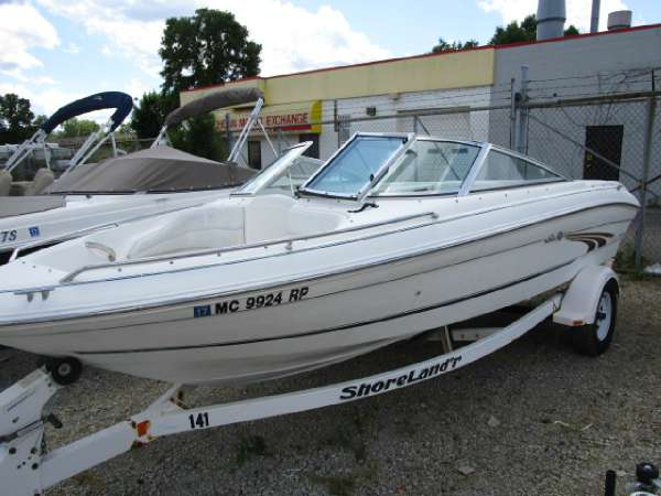 Sea Ray 185 Bow Rider