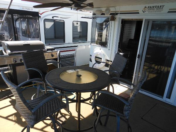 Fantasy Houseboat 72 X 16