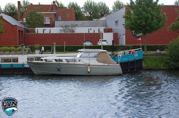 Motorboat Retro Polyboat Retro Polyboat