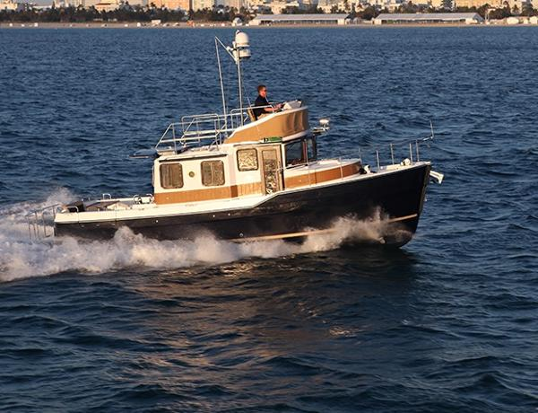 Ranger Tugs R-31CB Manufacturer Provided Image