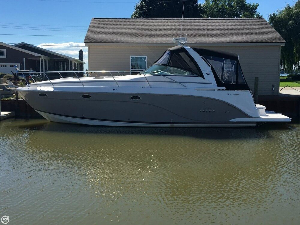 Rinker 400 Express Cruiser 2007 Rinker 400 Express Cruiser for sale in Chesterfield, MI