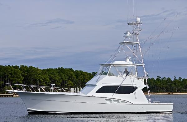 Hatteras Custom Convertible