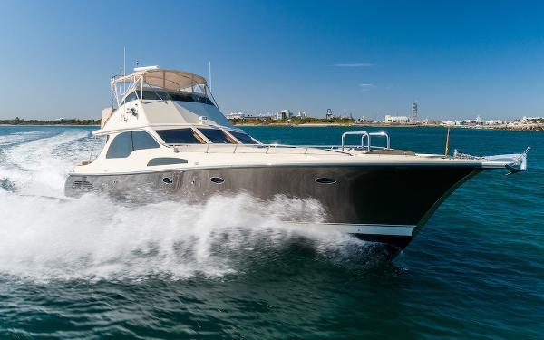 Midnight Lace Flybridge Motor Yacht Starboard Bow Underway