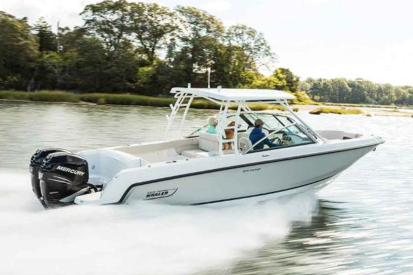 Boston Whaler 270 Vantage Manufacturer Provided Image