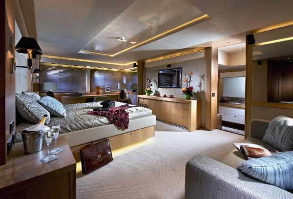 Sunseeker 115 Sport Yacht Alternative Stateroom