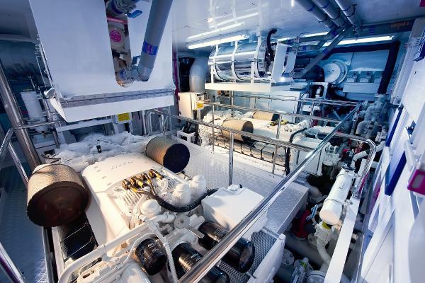 Sunseeker 115 Sport Yacht Engines