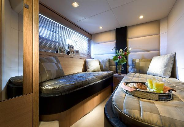 Sunseeker Manhattan 63 Guest Cabin