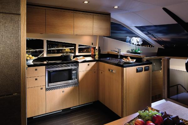 Sunseeker Manhattan 63 Galley