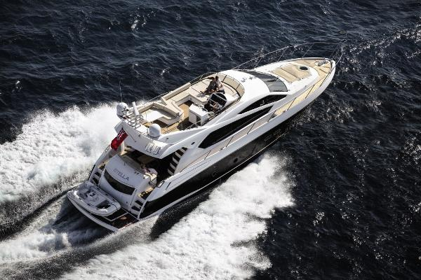 Sunseeker Manhattan 63 Stern
