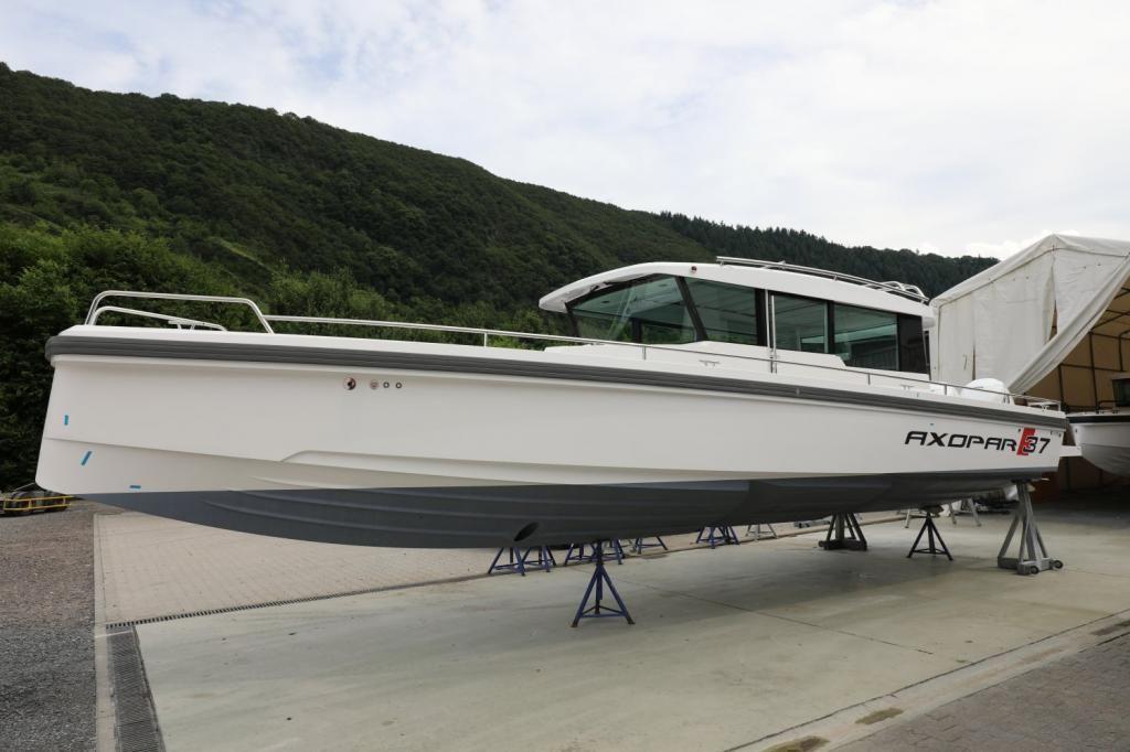 Axopar 37 Cabin  Reserviert bis 251119