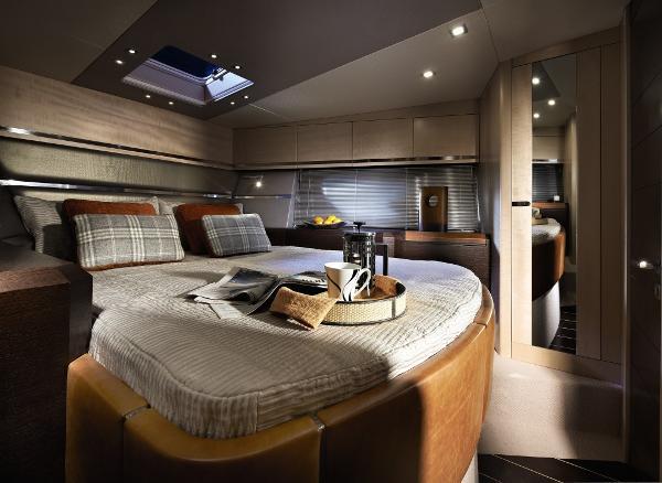 Sunseeker Portofino 40 Owner's Cabin