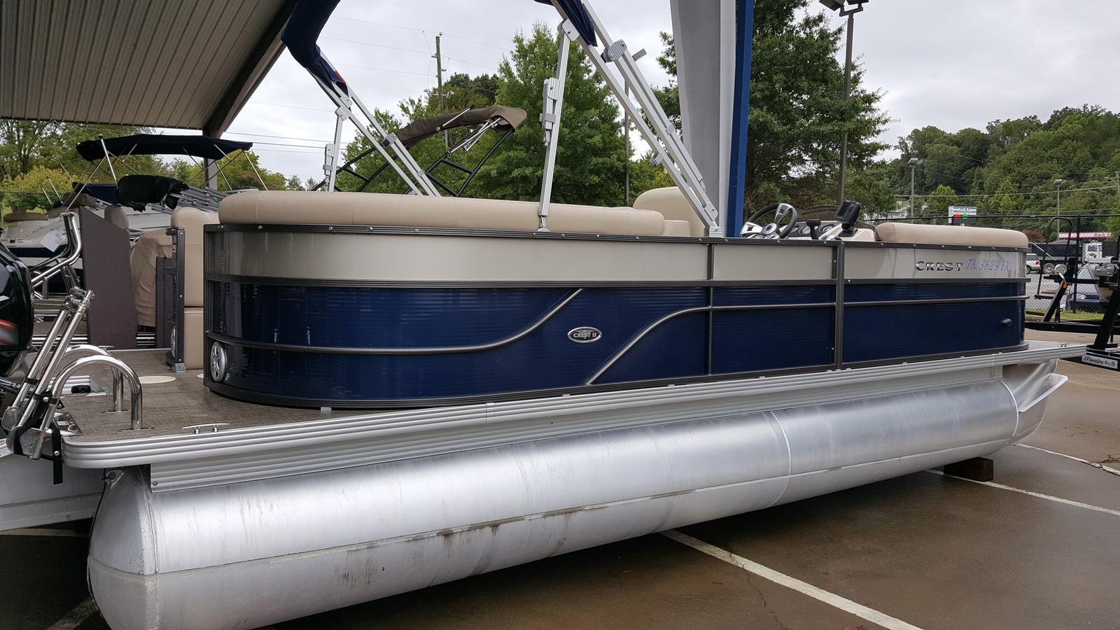 Crest Pontoon Boats CREST II 230