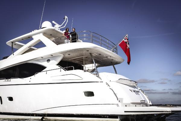 Sunseeker 88 Yacht Stern