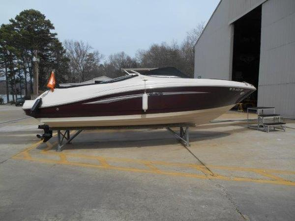 Sea Ray 230 Select-NO TRL Profile