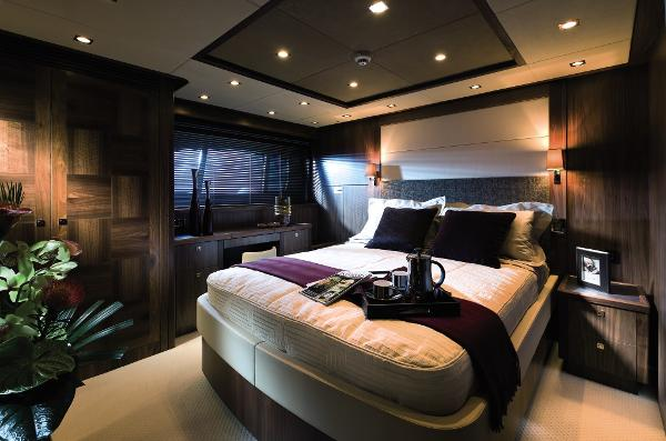 Sunseeker 40M Yacht Owner's Stateroom