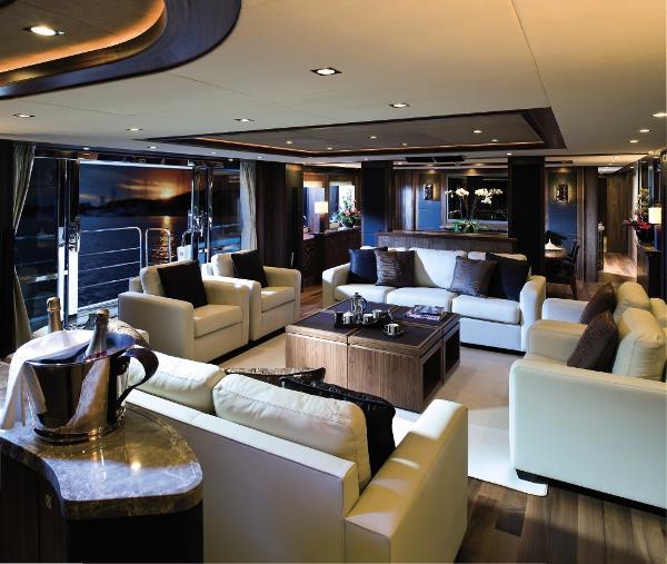 Sunseeker 40M Yacht Saloon