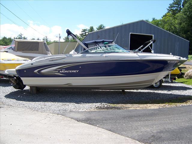 Monterey Sportboats 248 LS