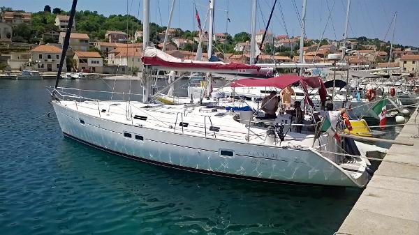 Beneteau Oceanis 411 Image 1