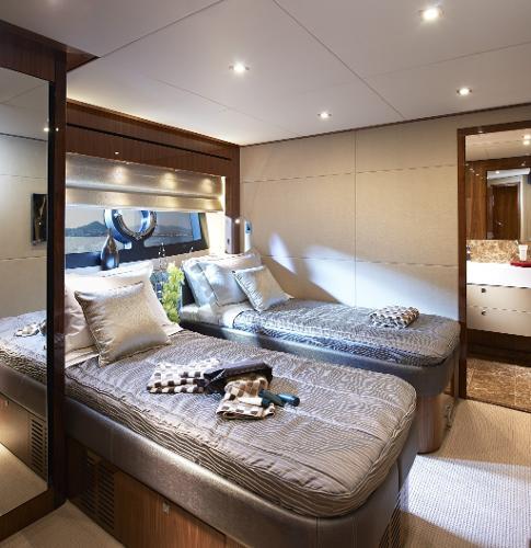 Sunseeker 28 M Yacht Guest Twin Cabin
