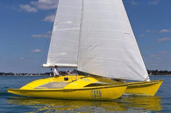 Custom 39 Under Sail