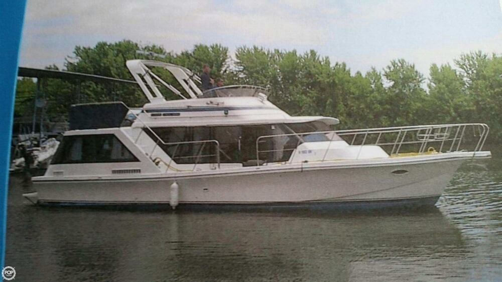 Blue Water Boats 42 CR Coastal Cruiser 1987 Blue Water 42 CR Coastal Cruiser for sale in Sabula, IA