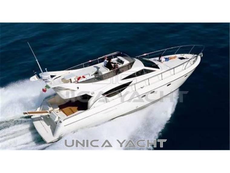 Ferretti Yachts 460