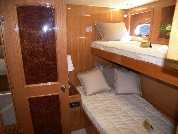Mid Guest Stateroom