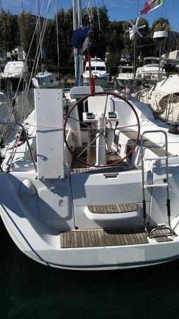 2010 Jeanneau Sun Odyssey 33i Performance Toscana Italy Boats Com