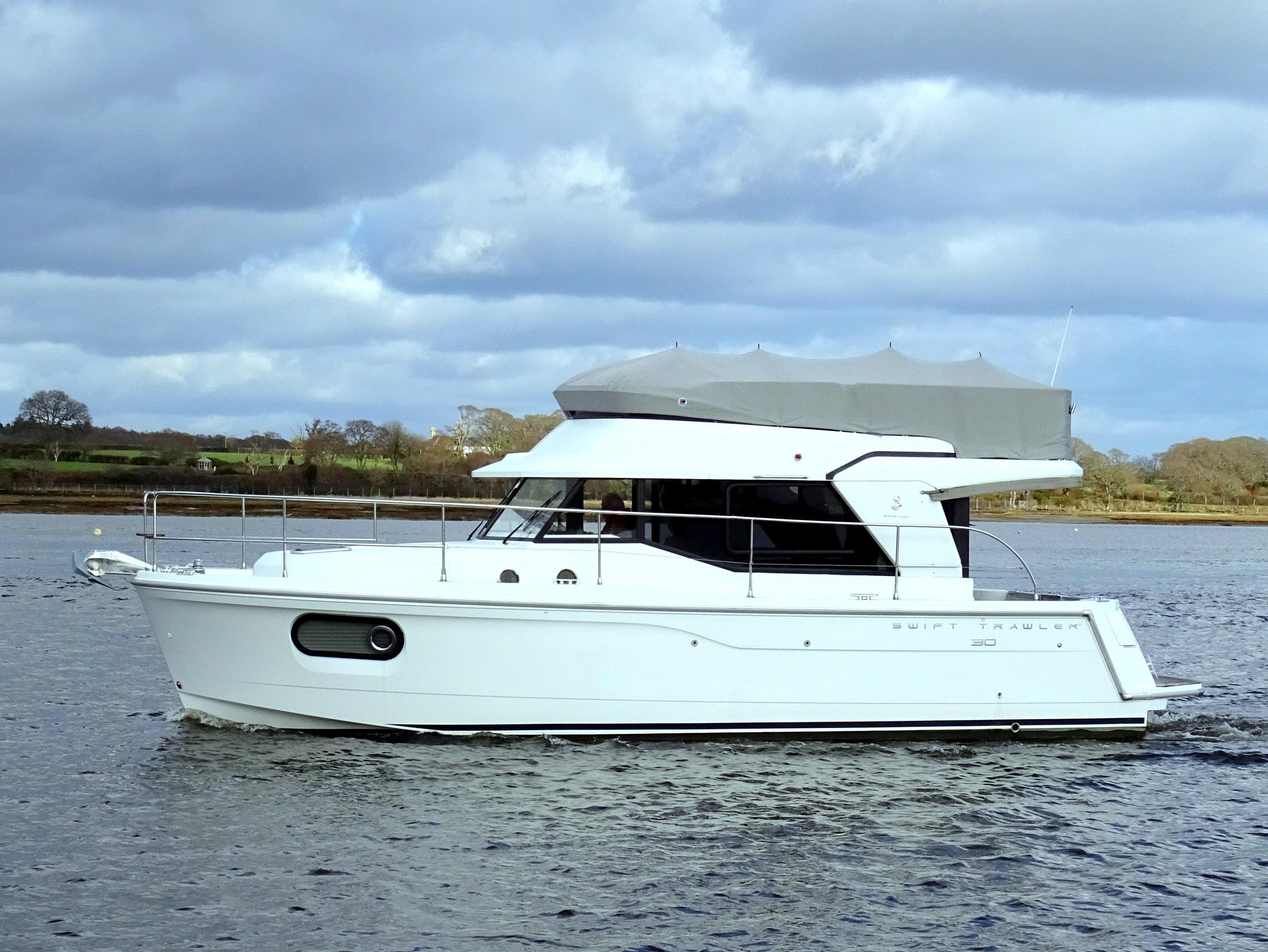 Beneteau Swift Trawler 30 Beneteau Swift Trawler 30
