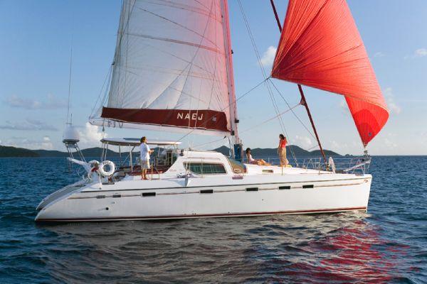 Privilege 495 Sailing