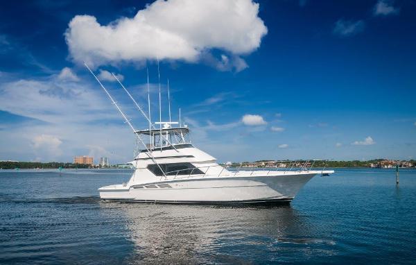 Hatteras 50 Convertible 50 Hatteras Starboard Profile 3