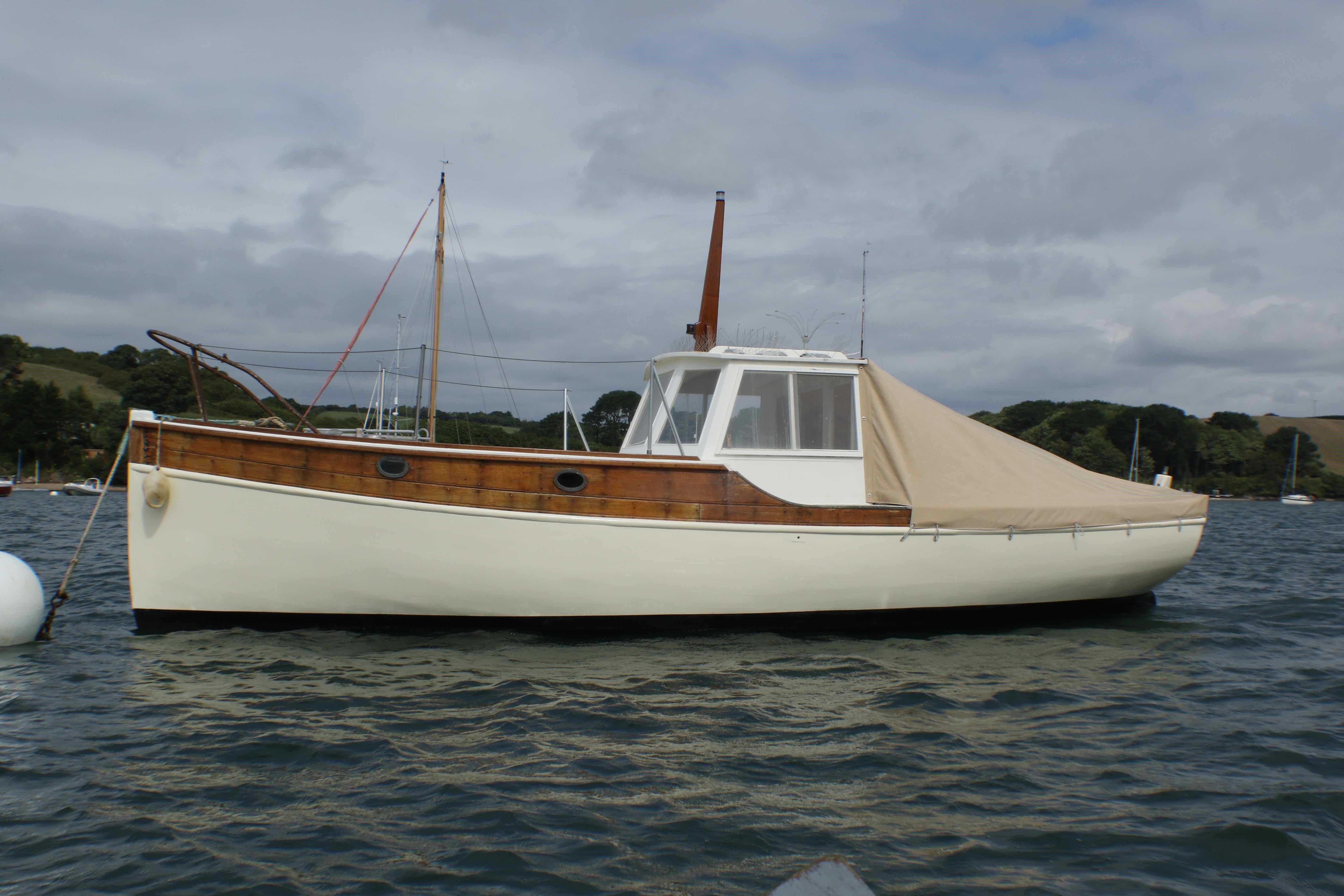 wooden Motor Yacht WOODEN MOTOR YACHT