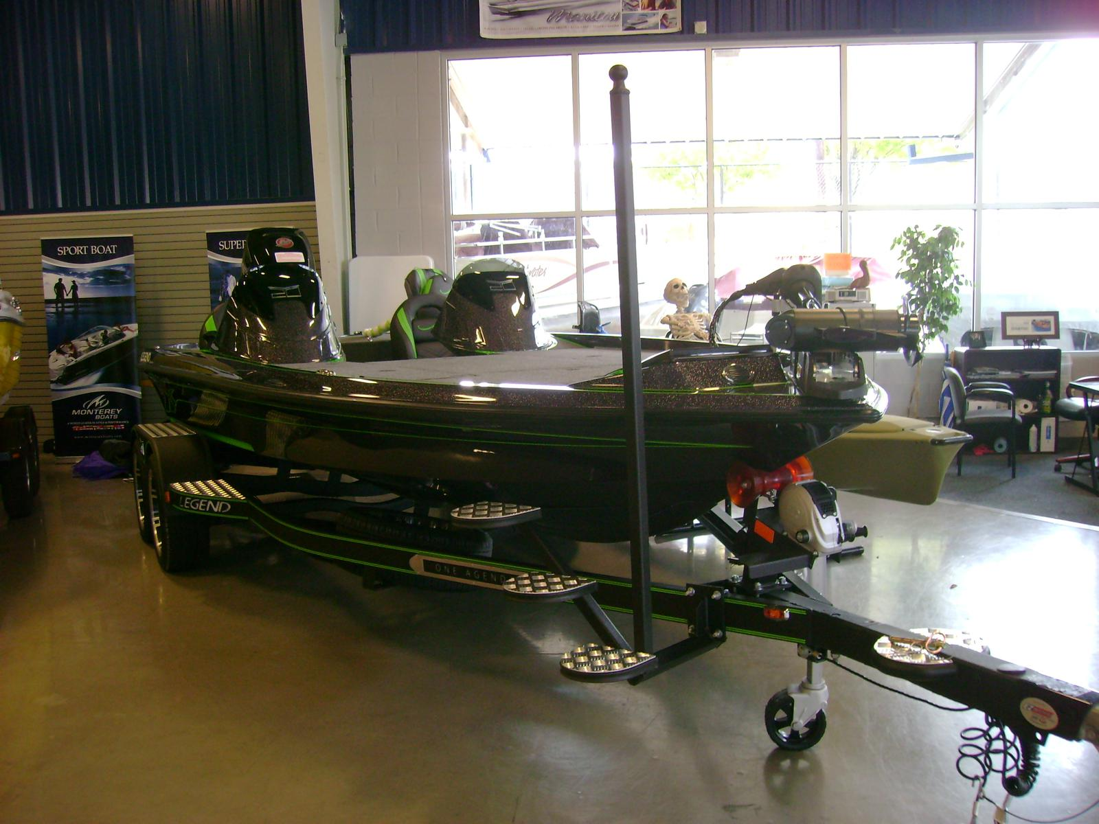 Legend Bass Boats V-20