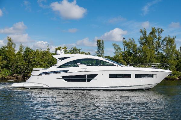 Cruisers Yachts 60' Cantius 60 Cantius