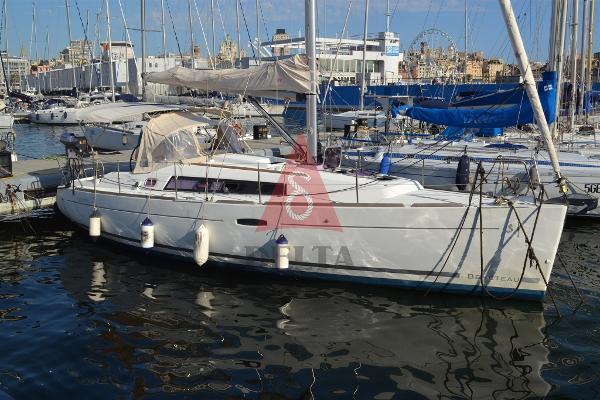 Beneteau Oceanis 34 DSC_0109