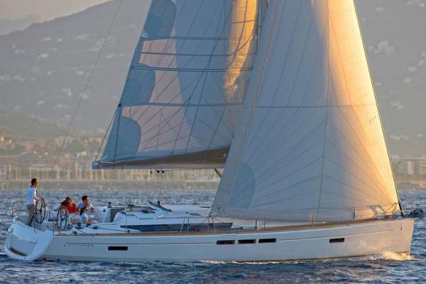 Jeanneau Sun Odyssey 519 Manufacturer Provided Image