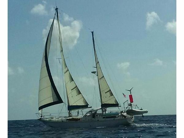 Amel Maramu Under Sail