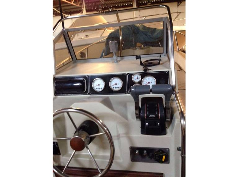 Boston Whaler Boston OUTRAGE 22