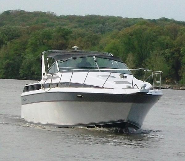 Chris-Craft 320 Amerosport 1987 32' Chris Craft 320 Amerosport