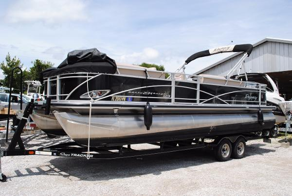 Sun Tracker Regency 254 XP3 2014-sun-tracker-regency-254-xp3-used-pontoon-boat-for-sale