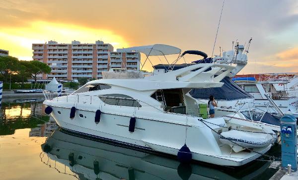 Ferretti Yachts 53/530