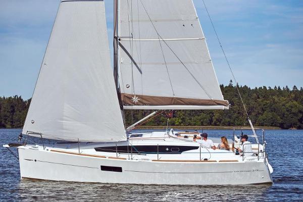 Jeanneau Sun Odyssey 319 Manufacturer Provided Image