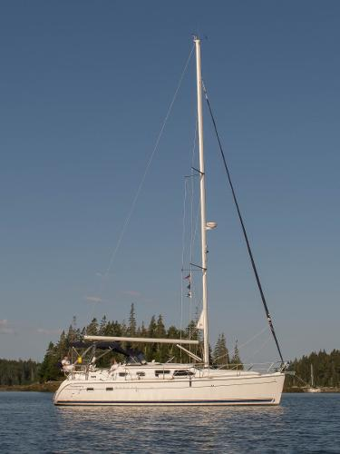 Hunter 41 Deck Salon Sloop At Anchor