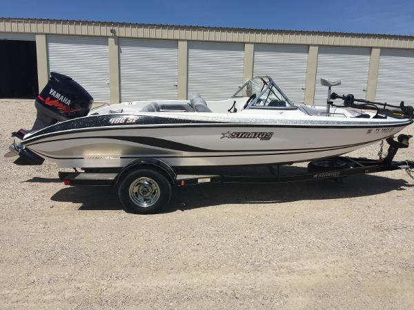 Stratos 486 ski n fish boats for sale for Fish and ski boat